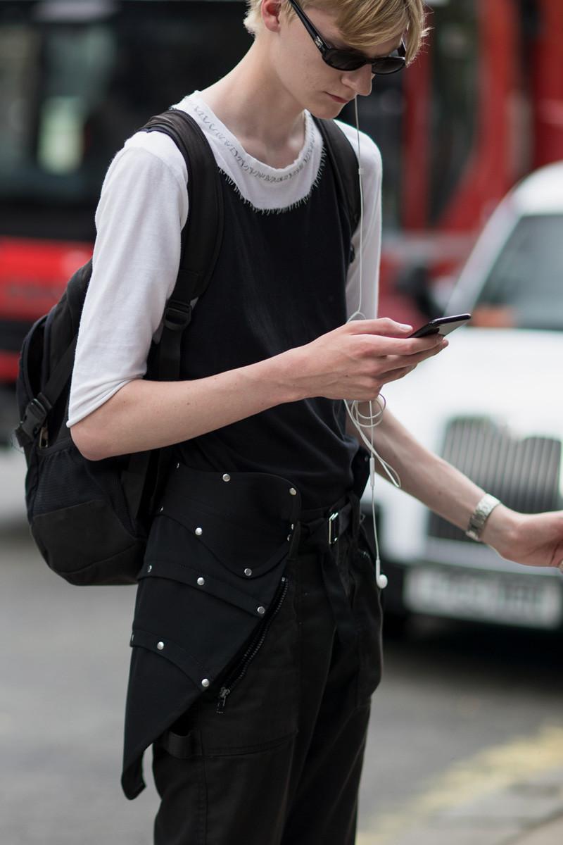 London Fashion Week Mens Ss19 Street Style 2 15 800 1200