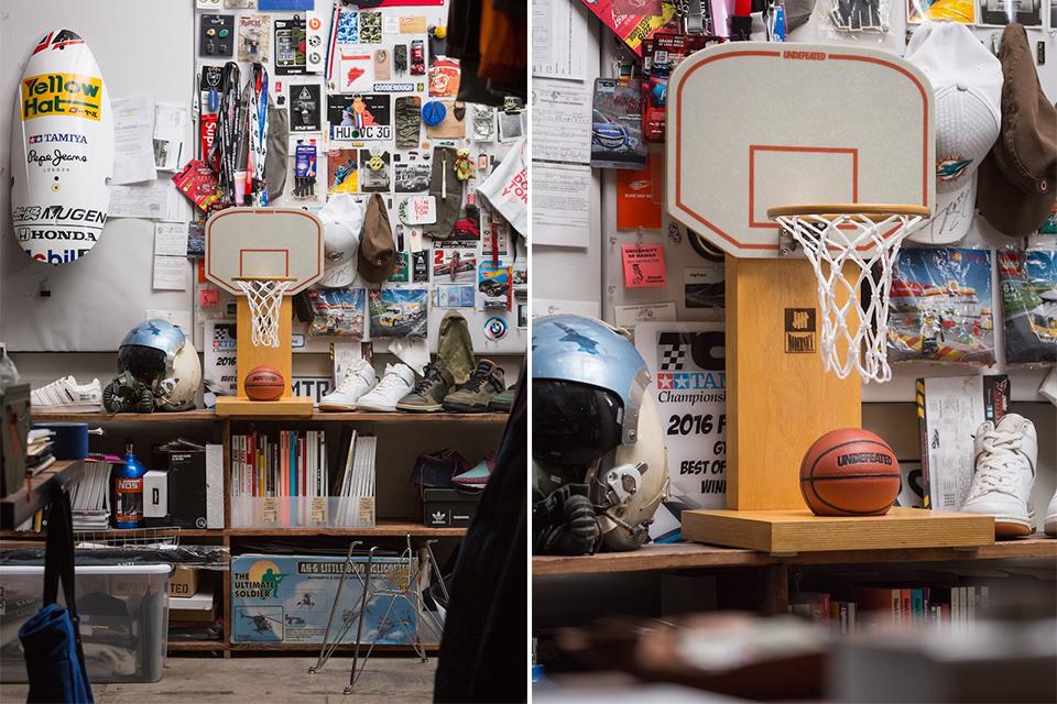 Undefeated ×Modernicaからミニサイズのバスケットボール フープが登場
