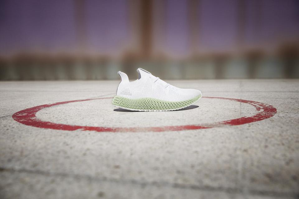 adidasより最新ランニングシューズ、ALPHAEDGE 4D(アルファエッジ フォーディー)が発売へ