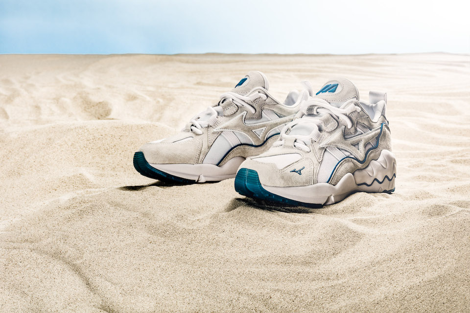 砂浜と海をイメージ <br>WAVE RIDER 1「SEA SHORE」