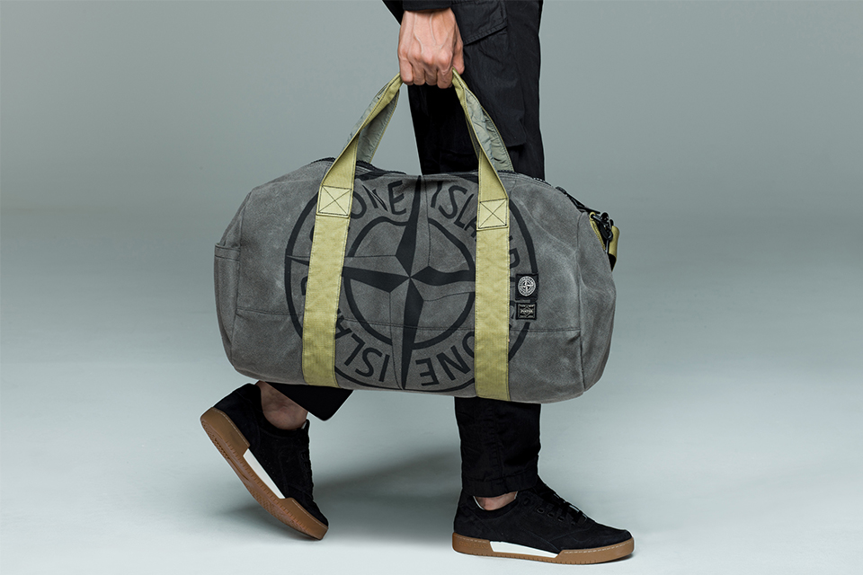 Porter®を迎えた<br>Stone Islandのバッグコレクション