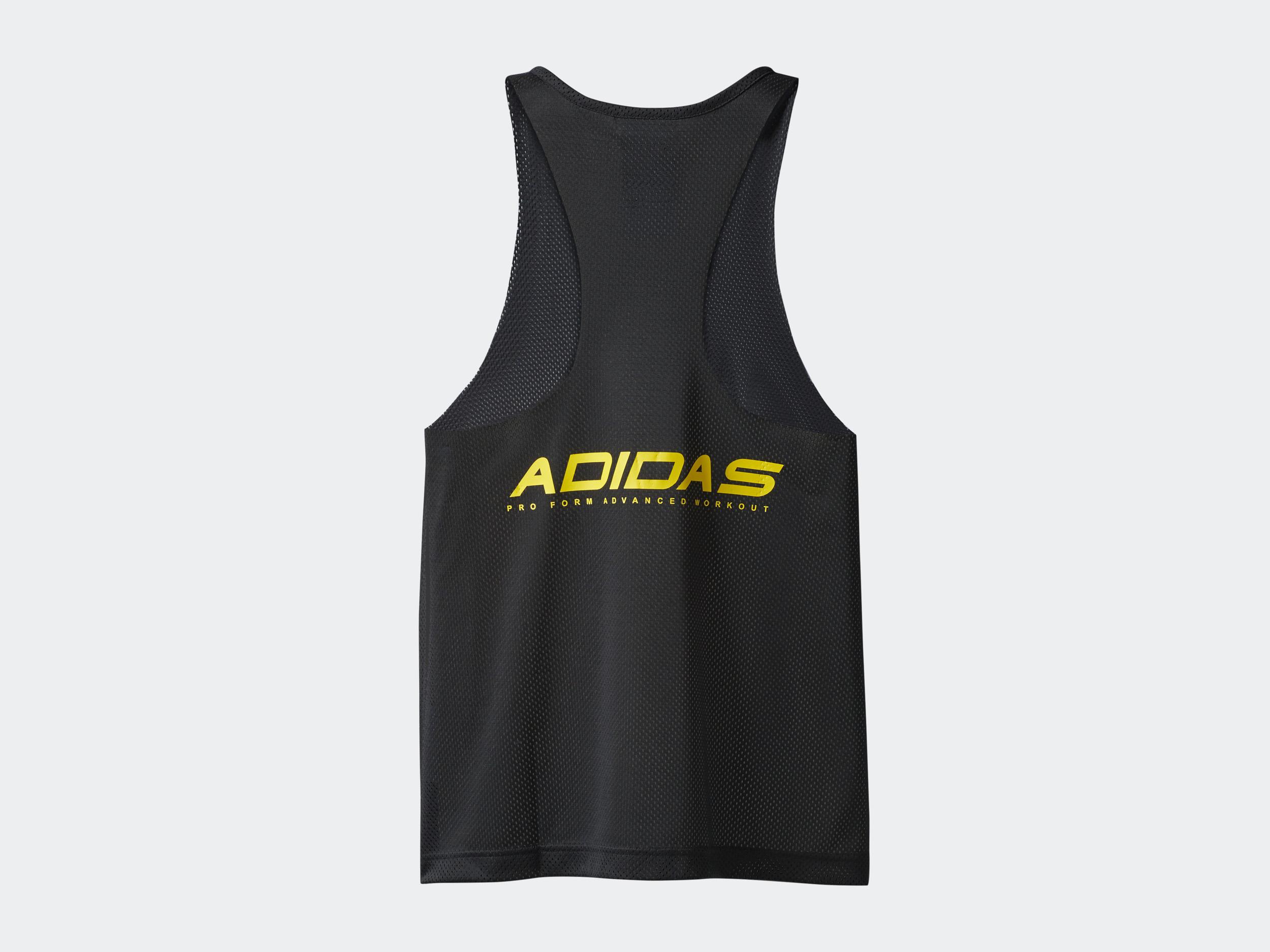 adidas Originals by Alexander Wang<br>夜のクラブ遊びはスポーツだ