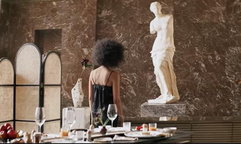 Airbnbで当たる<br>ルーヴル美術館で宿泊体験