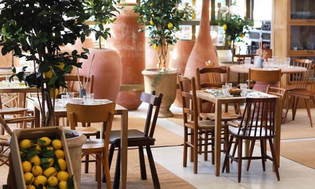 仏ブランドJACQUEMUS<br>パリに「レモン」テーマのカフェ