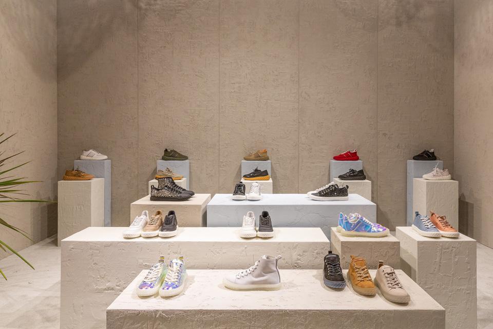 Giuseppe Zanotti 2020年春夏<br>伝統を再解釈、現代的コレクションに