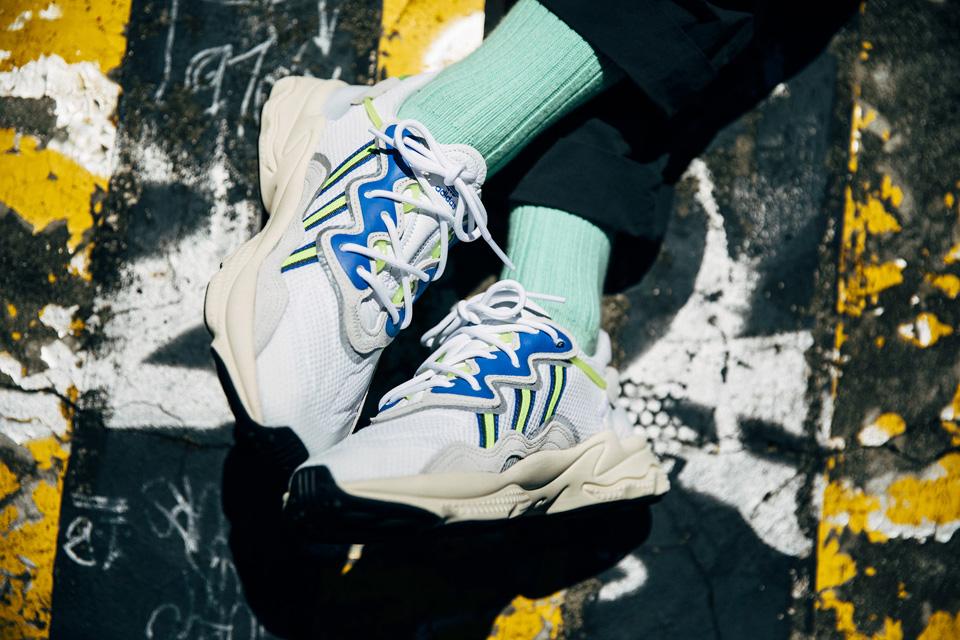 adidas Originals「OZWEEGO」<br>先行発売の新色が正式リリース