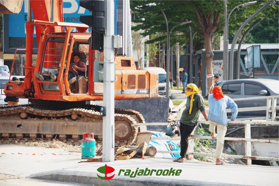 東南アジアがバックボーン<br>rajabrooke 写真展&ポップアップ