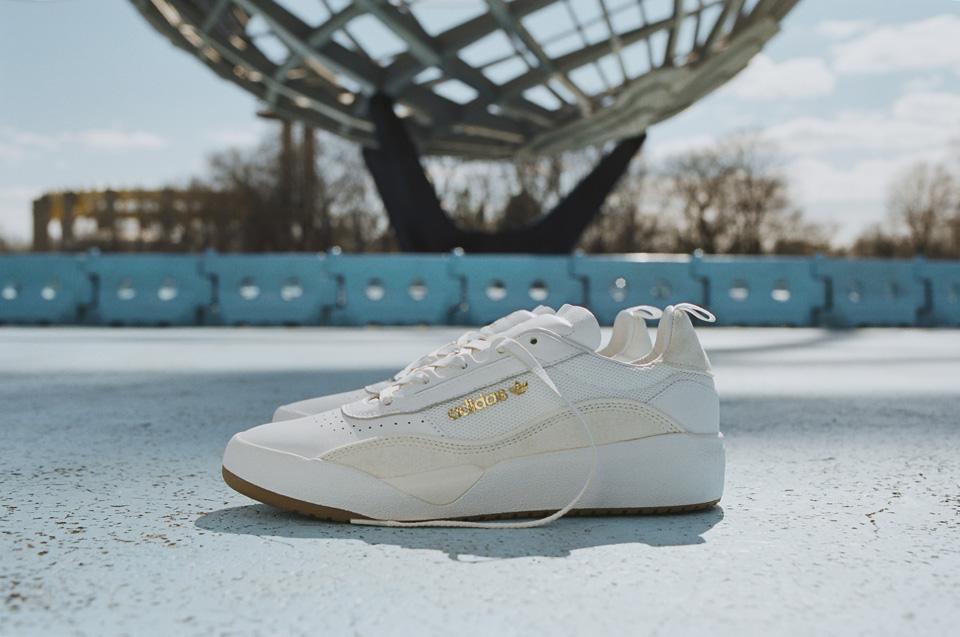 adidas新モデル「Liberty Cup」<br>スケボーとテニスの黄金時代を現代に