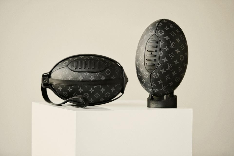 Louis Vuittonから限定ラグビーボールが発売