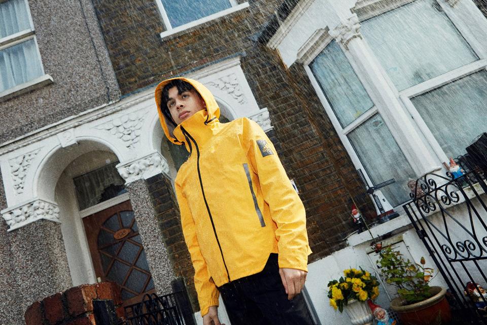 adidasアウトドアから登場<br>都市生活者向けジャケット「MYSHELTER」