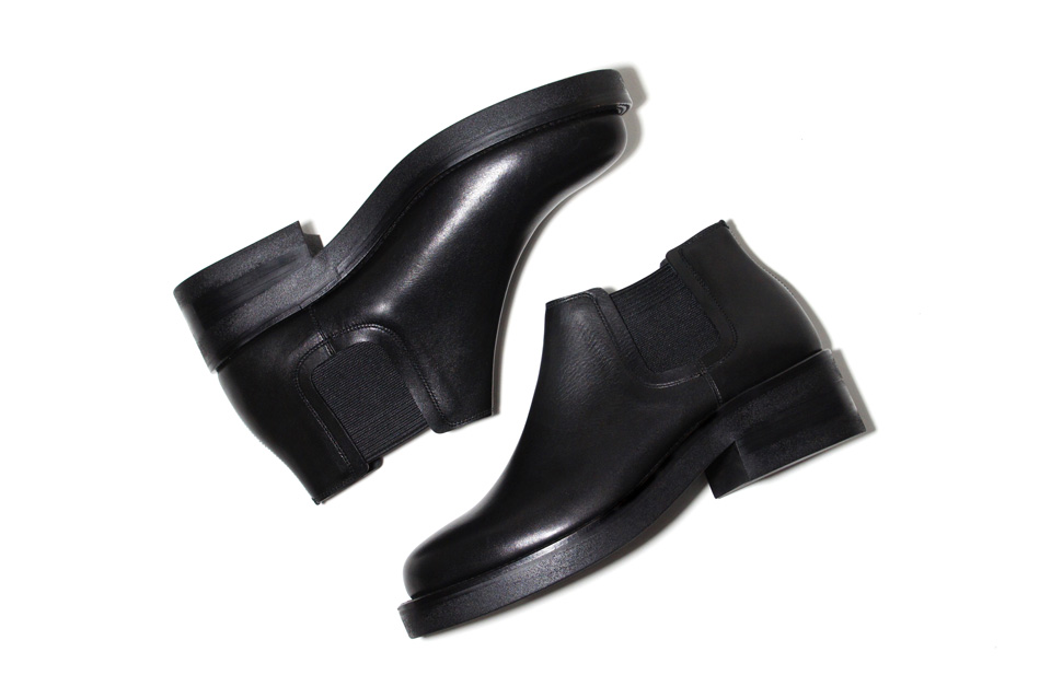 「foot the coacher」 ミニマルな秋冬新作2モデル発売
