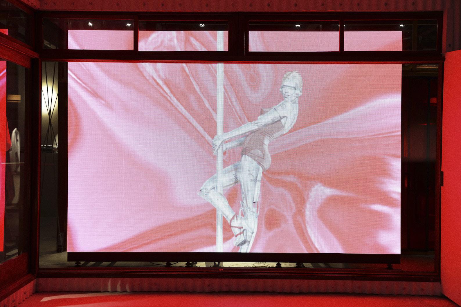1周年記念イベント閉幕、 MADAM WOO TOKYO