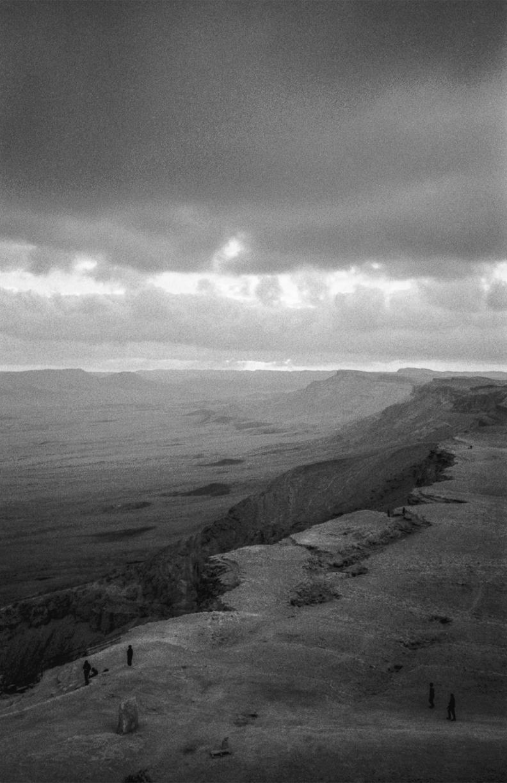 写真家・土山知志、イスラエルを捉えた個展「Heat of Sand」開催