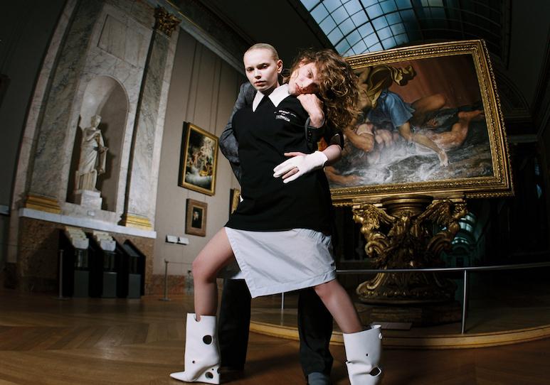 OFF-WHITE c/o VIRGIL ABLOH™、ルーヴル美術館とのコラボアイテム発売