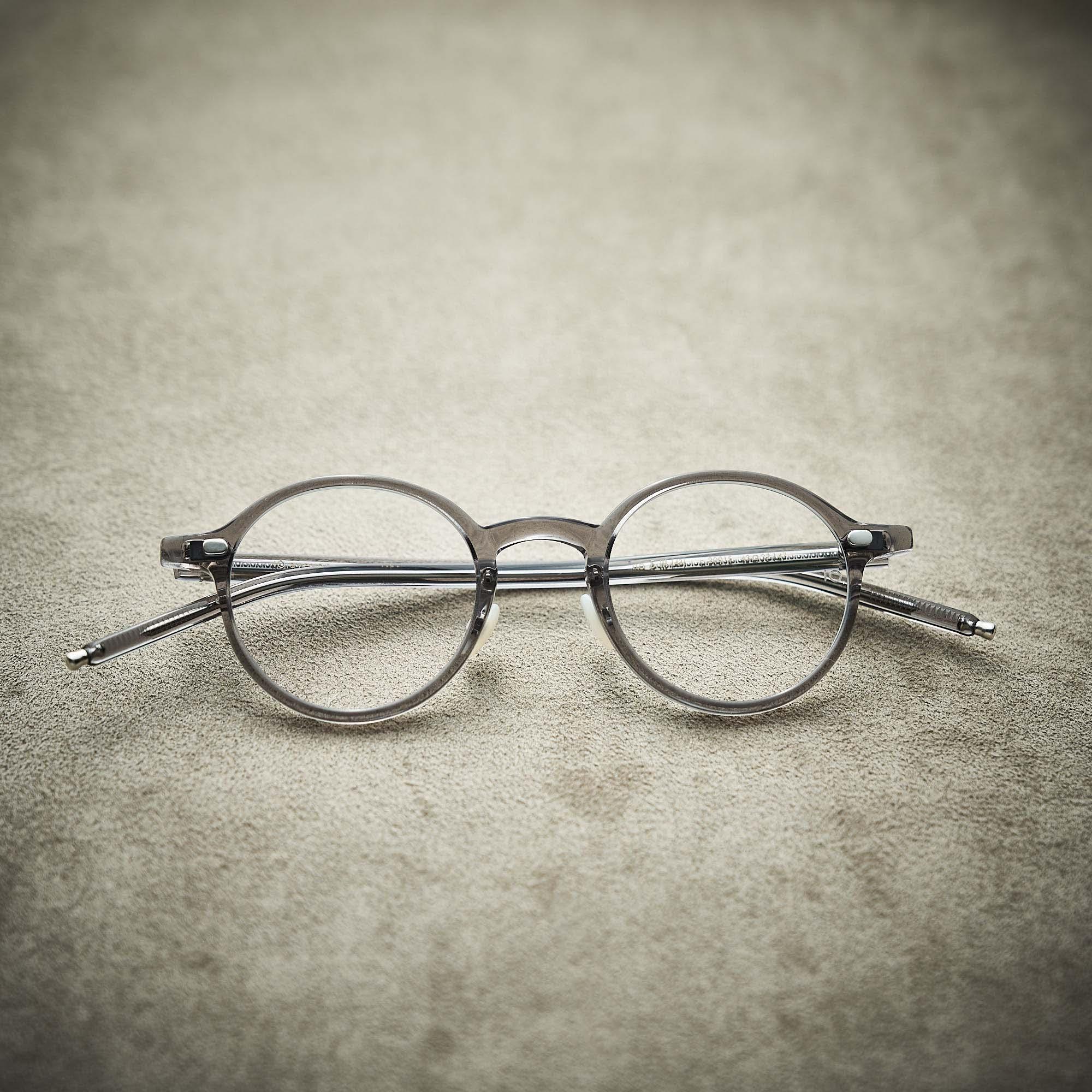 「10 eyevan セルロイドコレクション」直営店限定カラー発売