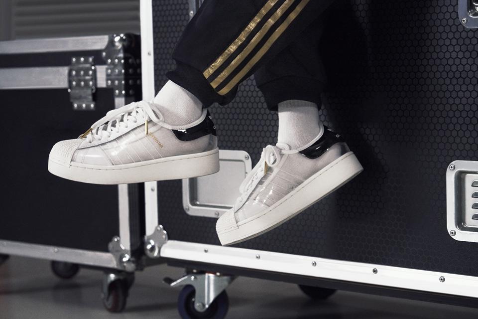 adidas「SUPERSTAR」を大胆にアップデート 新作4モデル発売