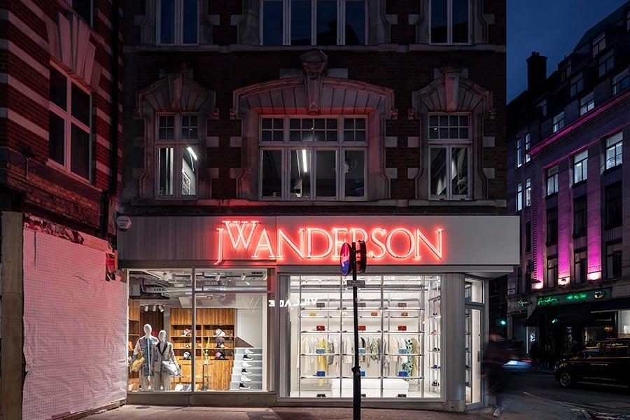 JW Anderson、ロンドンに大型フラッグシップストアをオープン