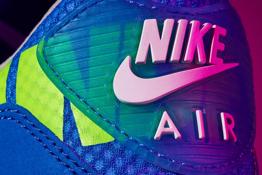 Nike × UNDEFEATED、90年代を彷彿とさせる新作コラボモデル発売