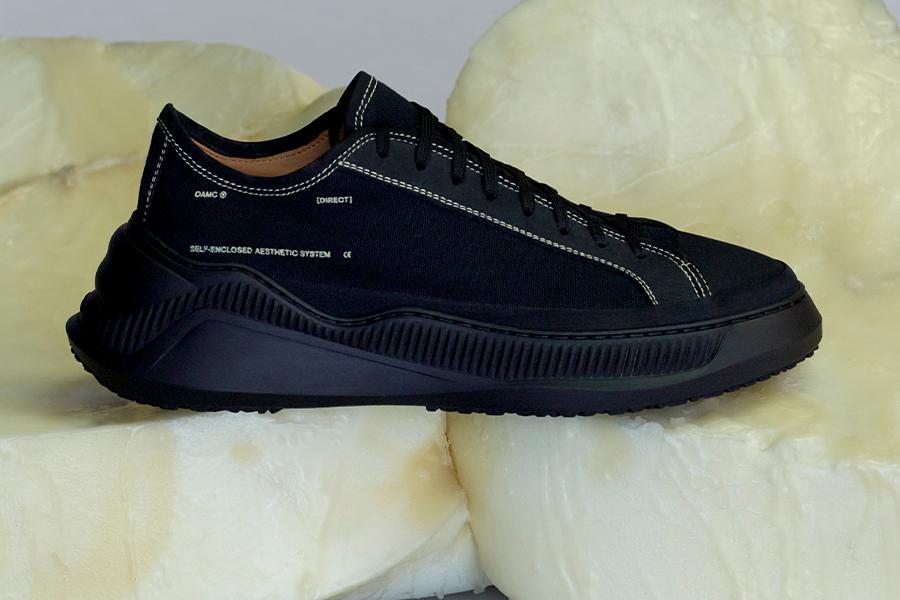 OAMC、マウンテンシューズを再解釈した新作スニーカー発売