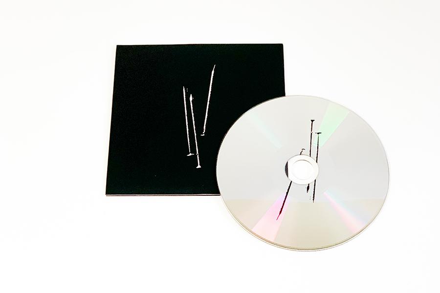 JOHN LAWRENCE SULLIVAN 最新コレクションのサウンドトラックCDを制作