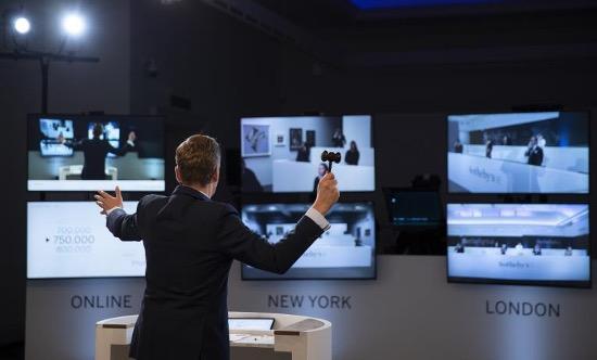 Sotheby's、オンラインオークションに注力