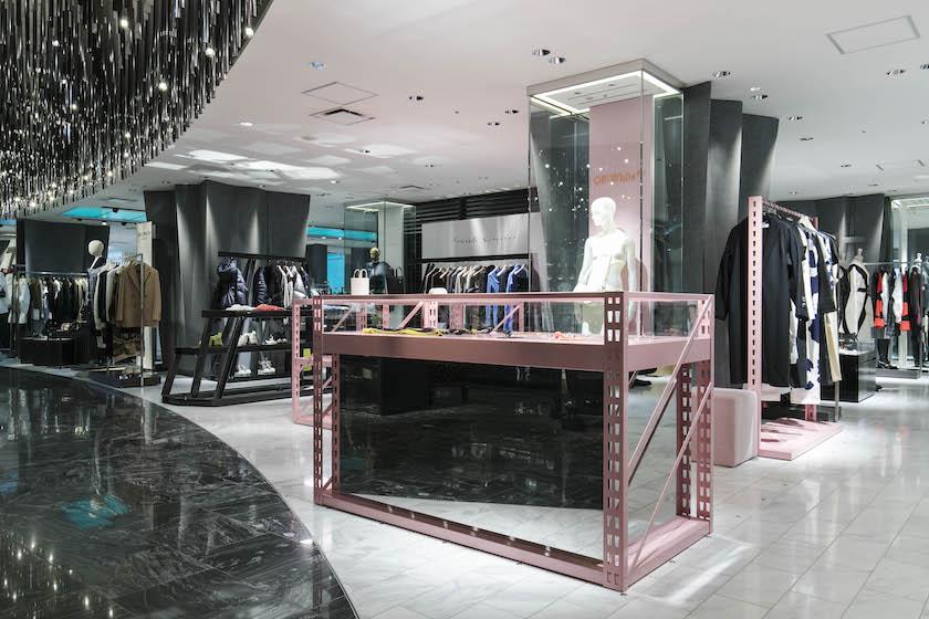 OFF-WHITE c/o VIRGIL ABLOH™、国内初ウィメンズアイテムのみの新店舗オープン