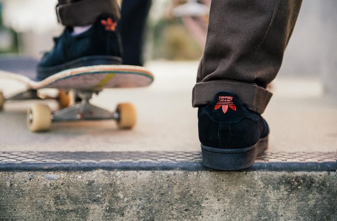 adidas Skateboarding、スケートボードマガジンTHRASHERとコラボした新作シューズ2型発売