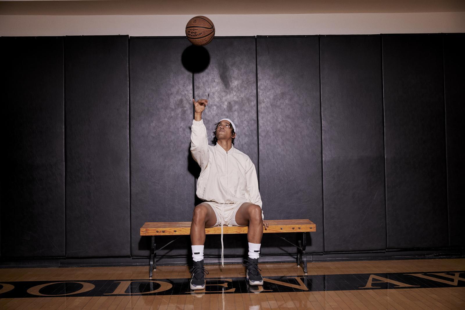 Nike、ジェリー・ロレンゾとのバスケットボールウェアコレクション発売