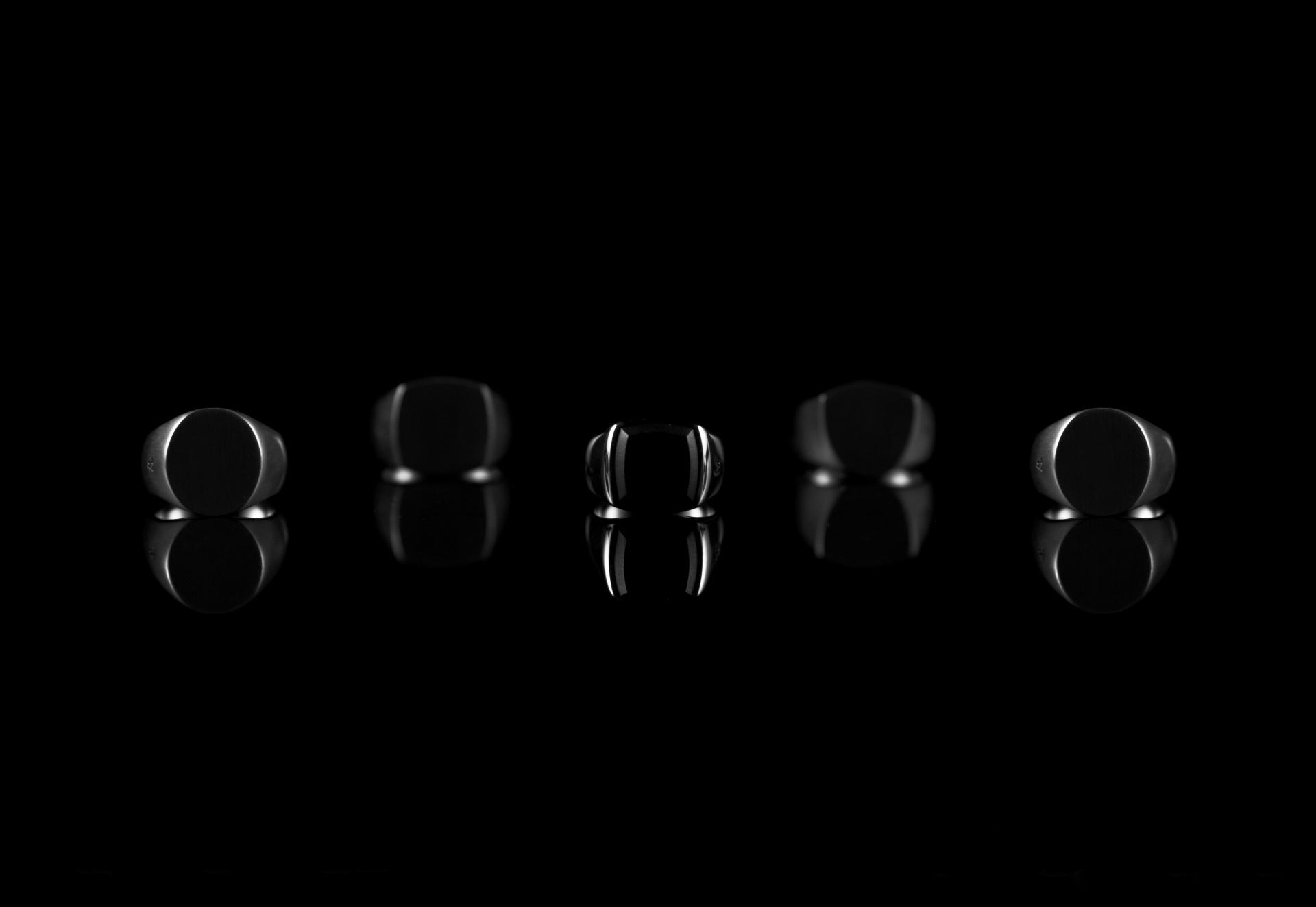 TOMWOOD「Black Edition」復刻 ブラックフライデーに限定発売