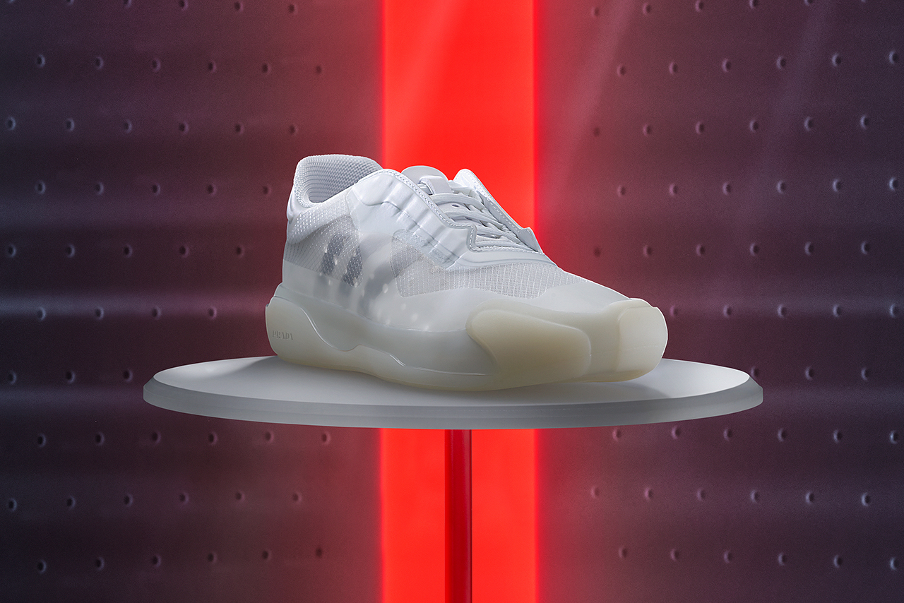 PRADA × adidas、新作スニーカー発売 セーリングチーム用に開発