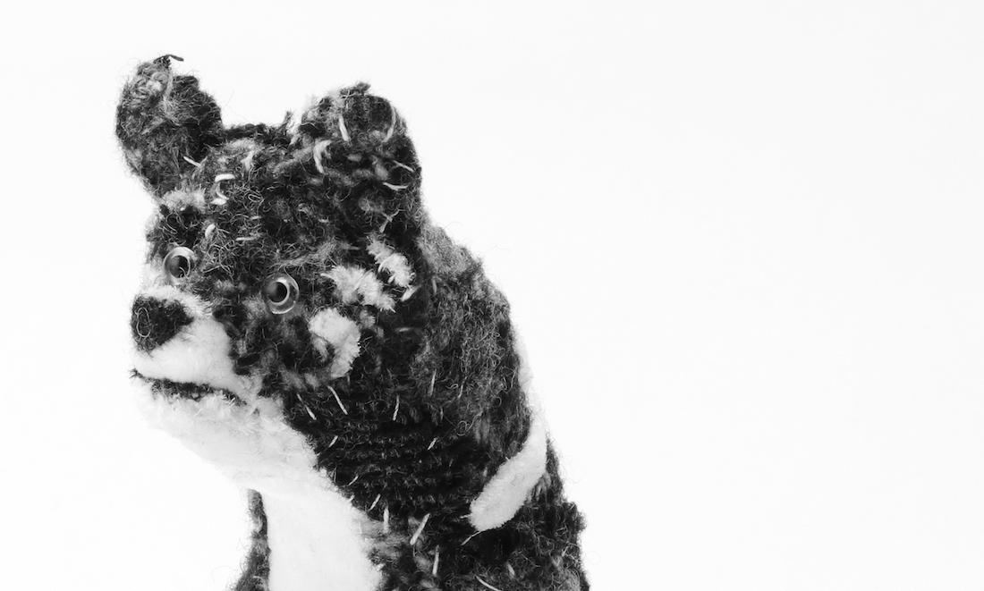 世界限定5体 READYMADE、山本耀司の愛犬モチーフにコラボアイテム発売