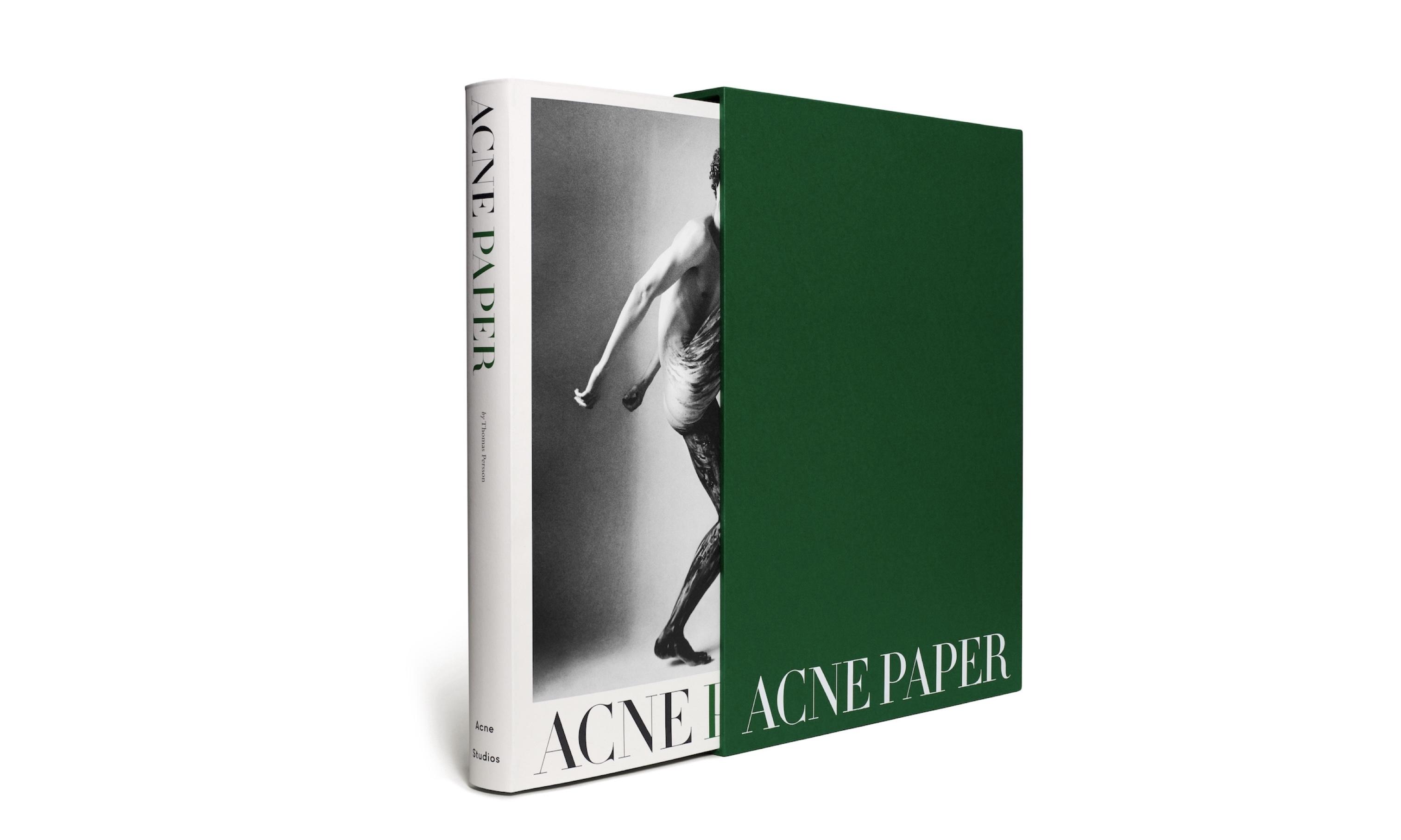 Acne Studiosによる雑誌「Acne Paper」総集本発売